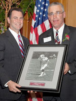 Hal Kamine '78 (left), president of the Maroon Club, with Bob Mahr '83.