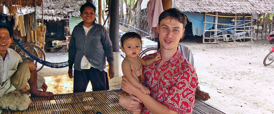 "Hart Feuer '05 in Kompong Chhnang Province, Cambodia. ""Sustainable agriculture in Cambodia could become the norm. And that is something worth studying, worth learning from."""
